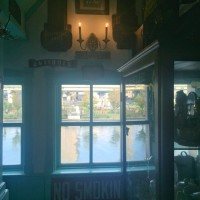 北浜レトロ窓