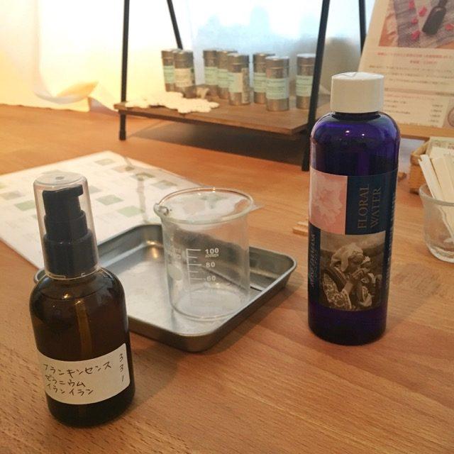 ローズウォーターと精油の化粧水作り