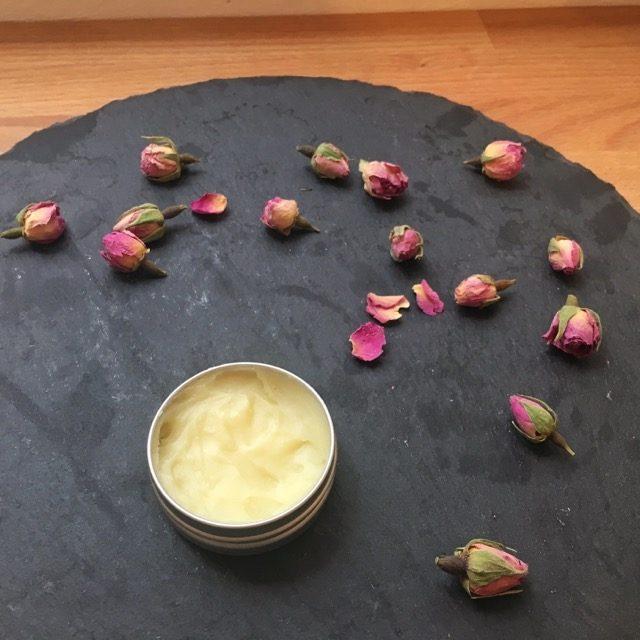 ローズ精油の練り香水